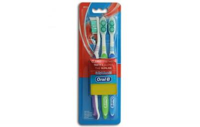 Oral B Cavity Defense Toothbrush Combi
